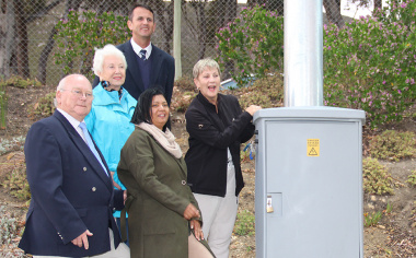 Minister Anroux Marais swiitches on the new floodlights at the Hermanus Sports Complex astroturf