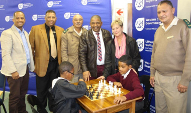 Minister Anroux Marais with Drakenstein Municipality Mayor Conrad Poole with representatives from the Department of Correctional Services and the Cape Winelands Sport Council.