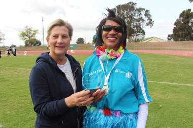 Minister Anroux Marais with Sonja Brown, 2.5km fun walk female winner at Cape Winelands BTG