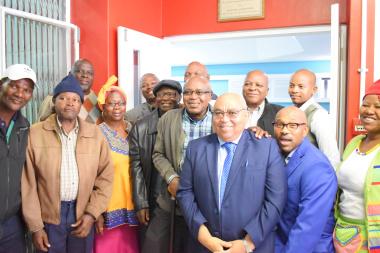 Minister Fritz, DSD officials and Ikamva Labantwana Team