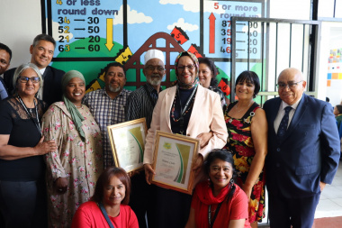 Minister Fritz with teachers, WCG officials and local councilors
