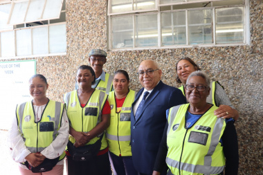 Minister Fritz with walking bus participants