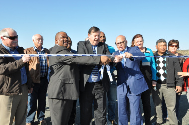 Minister Grant and Mayors Njadu and Prince at the opening of the Merweville Road.