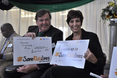 Minister Grant and Ms Ronel Kriek from FedEx at the launch of the Walk This Way Project.