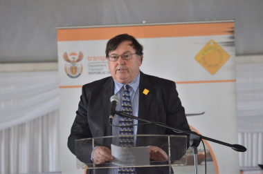 Minister Grant delivering his address at UN World Day of Remembrance for Road Traffic Victims event in Khayelitsha