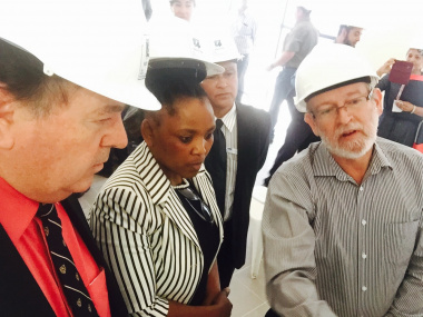 Minister Grant, Minister Mbombo, Paarl Hospital CEO Dr Breslau Kruger, and Project Leader Wayne Taylor.
