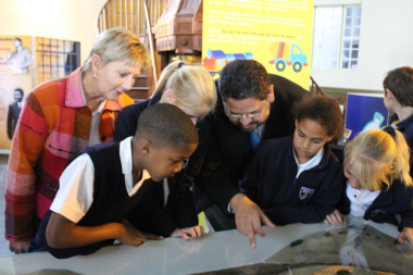 Minister Marais and HOD Walters with some of the MOD learners