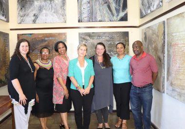 Minister Marais and Jeannette Unite with the Archive Advisory Committee.