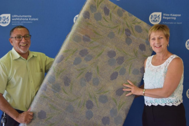 Minister Marais handing over 150 mattresses to Mr Khan, CEO of the Haven Night Shelter