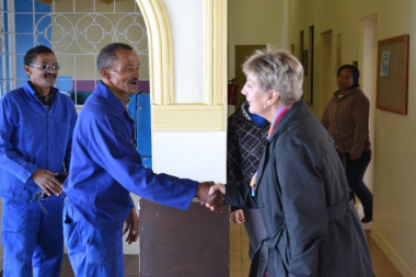 Minister Marais meets some of the staff at Groot Drakenstein Cultural Facility