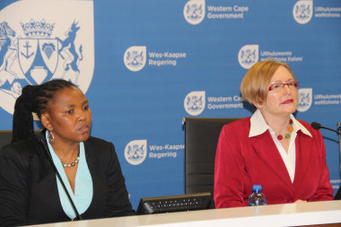 Minister Mbombo and Premier Zille at the launch of the Year Beyond programme