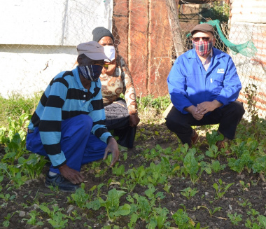 Minister Meyer at food garden in Nduli
