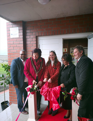 Ms Sani with Stellenbosch Executive Mayor Gesie Van Deventer and other officials at the opening of the library