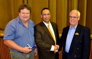 Municipal Manager, Joggie Scholtz and Mayor, Tijmen van Essen with Ministe Meyer