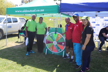 Old Mutual and participants at their lucky spinning wheel at the Overberg BTG