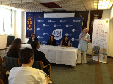 Minister of Health Theuns Botha launches organ donor drive at Groote Schuur Hospital