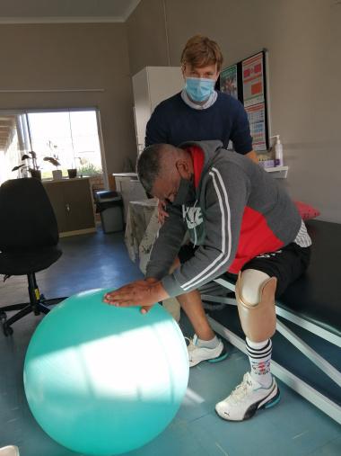 physiotherapist_brett_mason_treating_a_patient.jpg