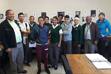 Kids and teachers from the Rietpoort RC Primary School visiting the e-Centre.