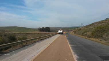 Road works on the R316 between Caledon and Bredasdorp.