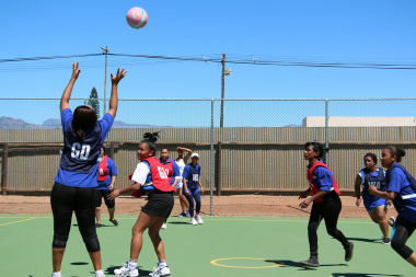 Serious competition between Overstrand Municipality and Health during a netball game