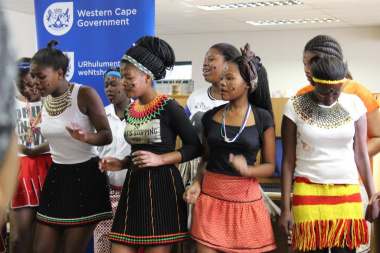 Sikhulule Ngxowa Group entertained the audience at the Villiersdorp Public Library