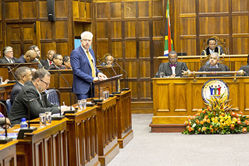 Premier Alan Winde delivering his speech