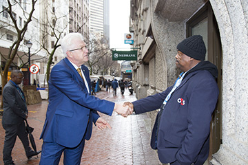 Before going about the formal business of the day, Premier Winde spent some time engaging with citizens.