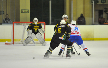 South Africa in action against Luxembourg. Photo by Bruce Sutherland (City of Cape Town)