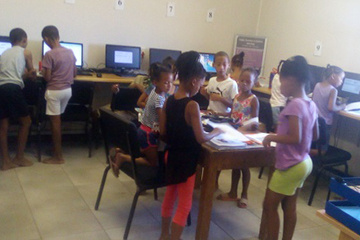 Kids from the primary school in the area in Bitterfontein engaged in the programmes that the e-Centre has to offer.