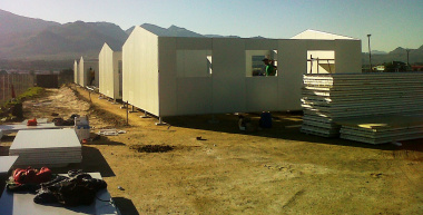 Temporary classrooms for Grabouw going up quickly and efficiently to be ready for next term