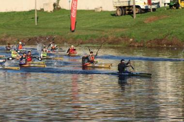 Ten-time Berg River Canoe Marathon winner Hank McGregor leading the start of the race.