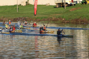 Ten-time Berg River Canoe Marathon winner Hank McGregor leading the start of the race.