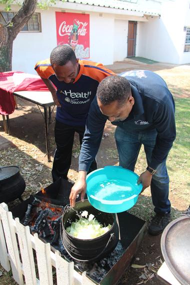 The beginning of potjie kos at Cape Winelands BTG