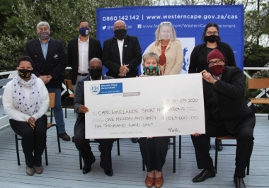 The Department of Cultural Affairs and Sport allocated just over R1 000 000 to sports federations in the Cape Winelands at a cheque handover ceremony on Monday.