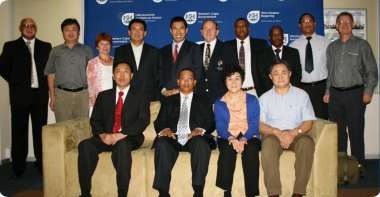 The dignitaries from the Western Cape and Shandong provinces that attended the presentation.