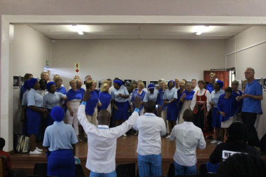The highlight of the event was the Swedish choir performing a Xhosa song, and everybody else joined them on stage