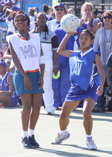 The netball girls did not hesitate to give their all