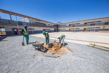 The project has exceeded its local labour targets. Photo by Zanele Jam-Jam