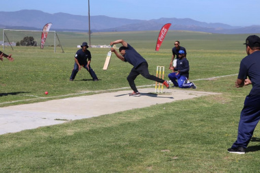 Theewaterskloof Municipality showcases healthy team spirit at a cricket match
