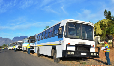 Traffic officers stopped several buses on the R43.