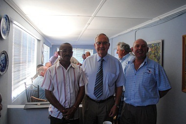 Gerrit van Rensburg, Western Cape Minister of Agriculture and Rural Development today visited isolated farming communities in the Bitterfontein area