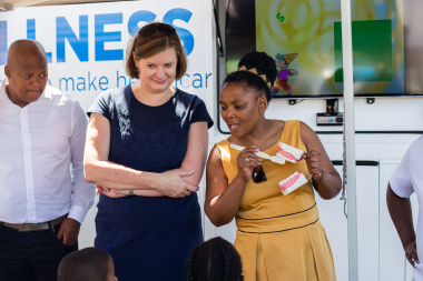 Western Cape Minister of Education, Debbie Schäfer and Western Cape Minister of Health, Nomafrench Mbombo talking to learners at Heideveld Primary about good oral hygiene, during a health visit which formed part of an event celebrating partnerships.