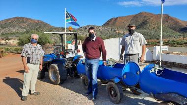 Minister David Maynier visits Wilgewandel Holiday Farm