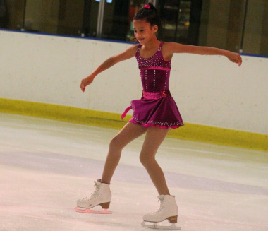 Ylara Salie in action in the Novice Ladies section.