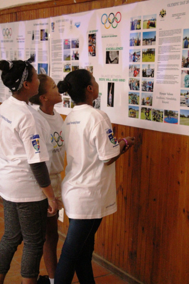 Young girls from Ladismith were excited to learn more about the Olympics