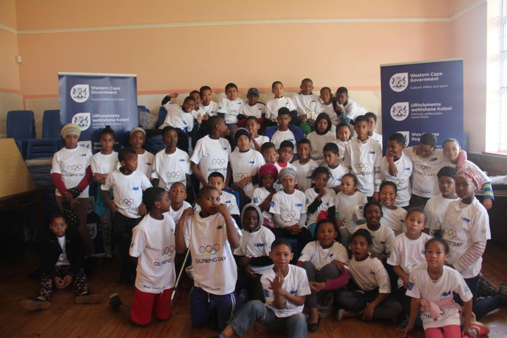 The group of children that attended the Olympic School Holiday Programme in Bokmakierie.