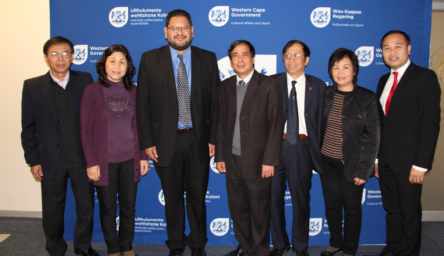 The Vietnam delegation with DCAS Head Mr Brent Walters.