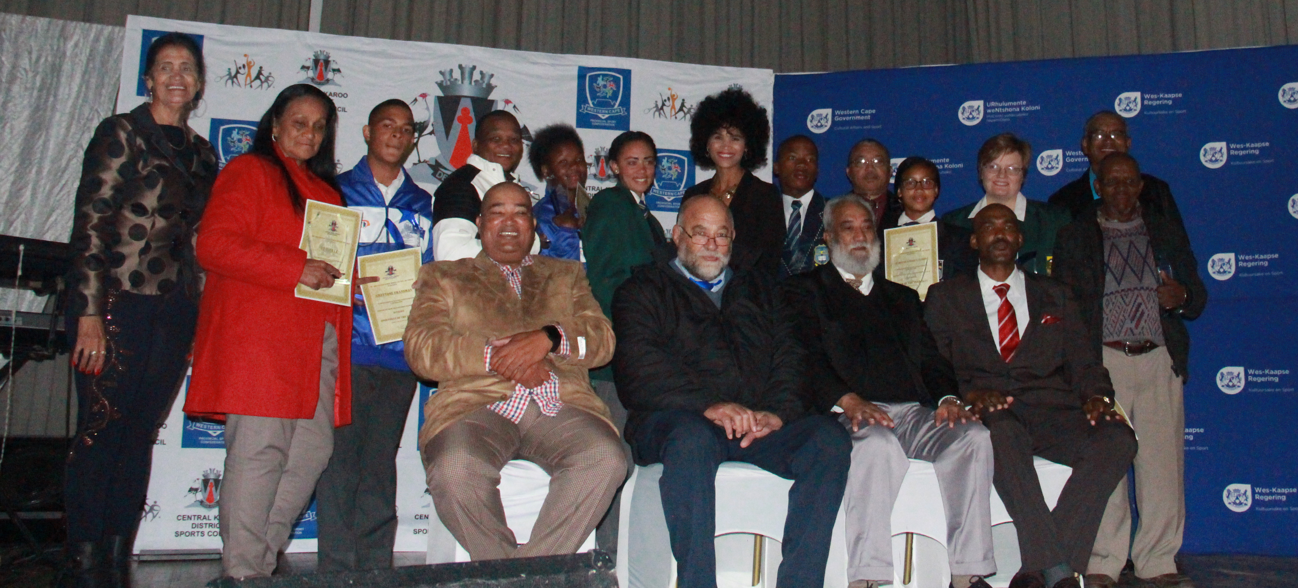 The winners from the evening with David Maans form the Central Karoo Sport Council, Mayor Japie van der Linde and Henry Paulse from DCAS